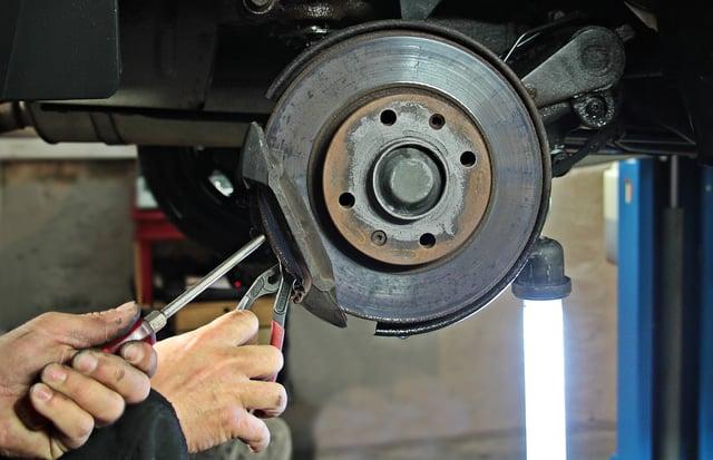 auto-repair-1954636_1280.jpg