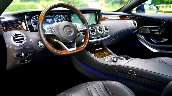 auto-automobile-automotive-441179-1