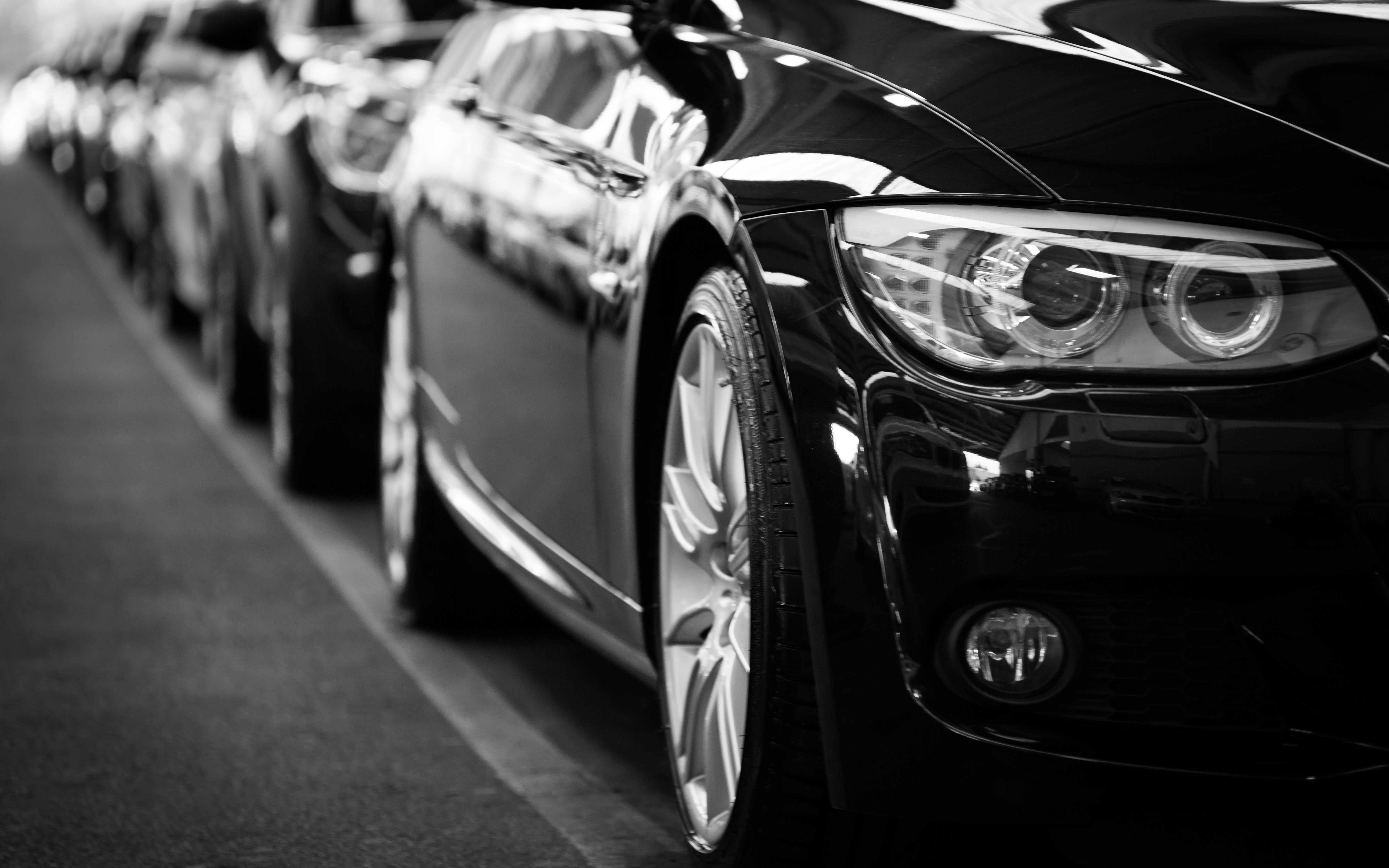 black-cars-lined-up